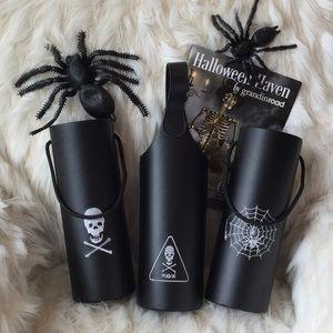 🆕Grandinroad Halloween Wine Totes